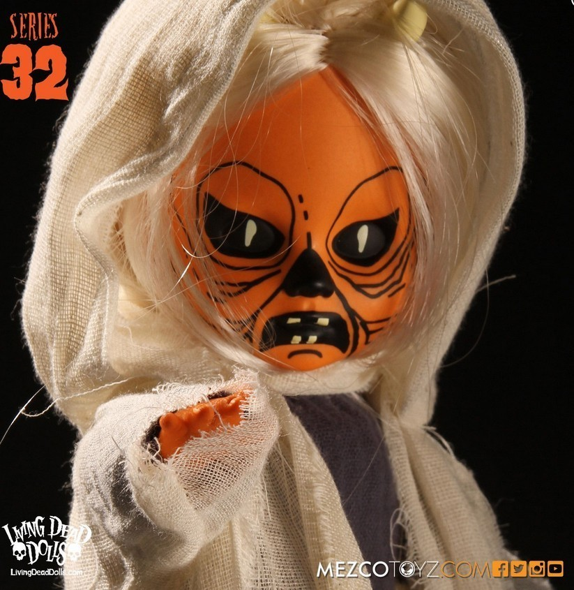 Living Dead Doll :: Halloween Series 32 Ye Ole Wraith :: Your Choice Of Binding